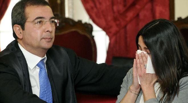 El jurado popular declara a Monsterrat Gonz�lez y a su hija Triana Mart�nez culpables del asesinato de la que fuera presidenta de la Diputaci�n de Leon, Isabel Carrasco.�