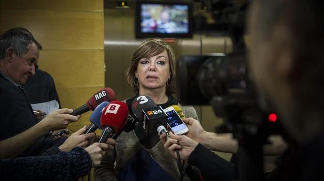 La 'consellera' Meritxell Borràs, tras la reunión de la mesa del alquiler.