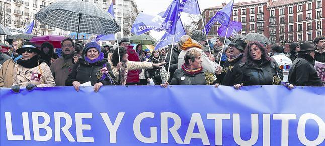 Rajoy sacrifica la ley del aborto sin avisar a Gallardón