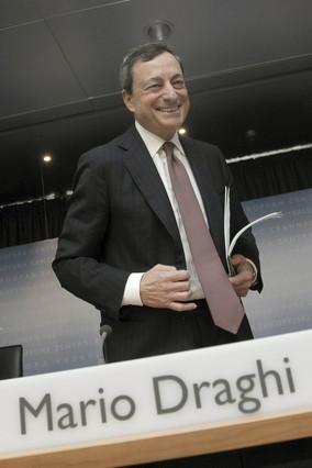 """Draghi: """"España debe bajar impuestos y gastos improductivos"""""""