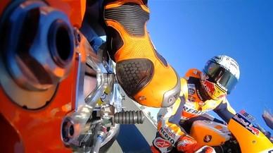 Como si pilotaras la moto de Márquez