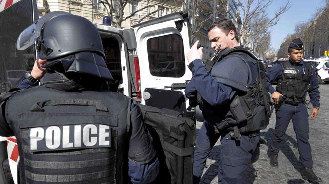 Una persona ferida per un paquet bomba a la seu de l'FMI a París