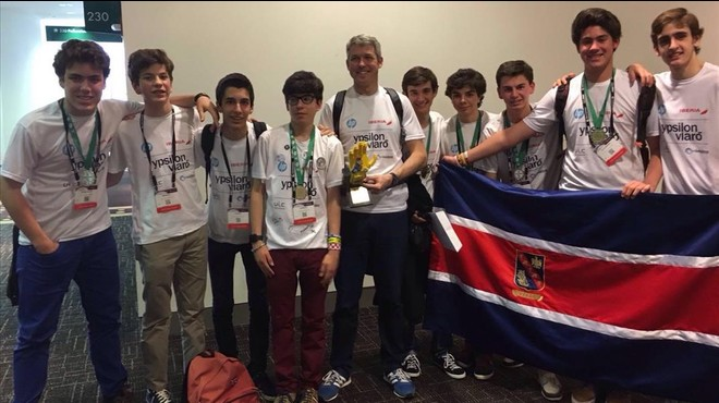 L'equip d'un col·legi de Sant Cugat guanya un premi científic mundial