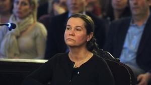 Montserrat González, el martes, respondiendo a las preguntas de su abogado en la Audiencia de León.
