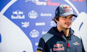 Carlos Sainz, en el paddock de Silverstone, listo para el GP de Gran Bretaña