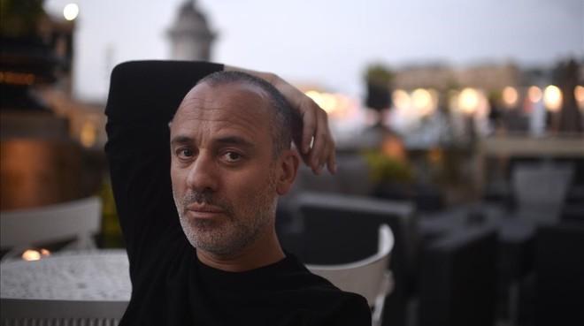 El actor Javier Gutiérrez, en el festival de San Sebatián, durante su entrevista con EL PERIÓDICO.