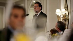 Rajoy amenaça els independentistes amb un altre 155 si incompleixen la llei (ES)
