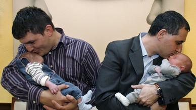 El permís de paternitat s'amplia a un mes des del gener