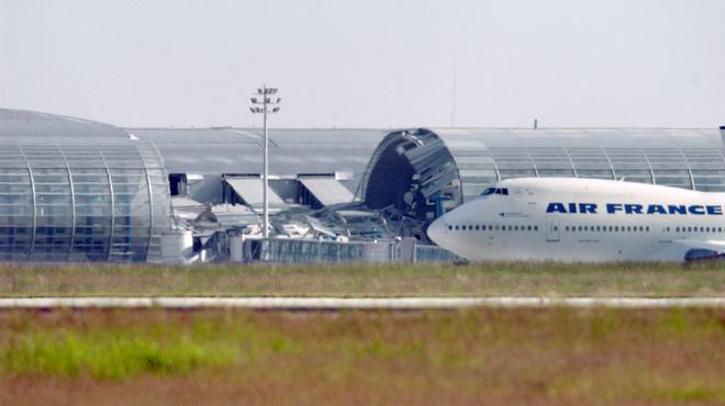 Les aerolínies espanyoles anul·len 24 vols per la vaga general a França
