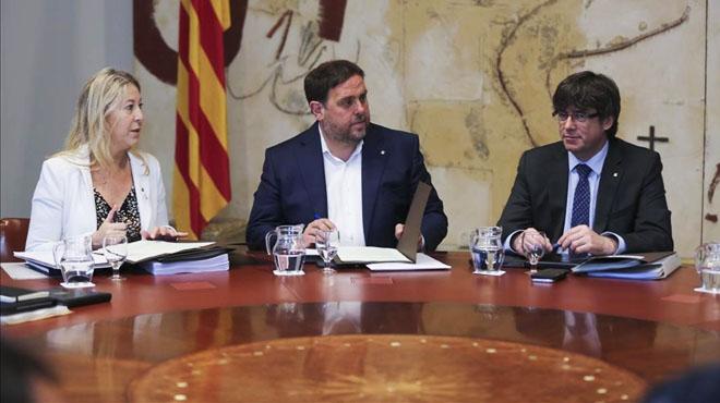 La reunió de partits favorables al referèndum unilateral, en directe
