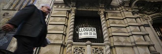 La demanda de pisos de alquiler crece y los precios se disparan en Barcelona