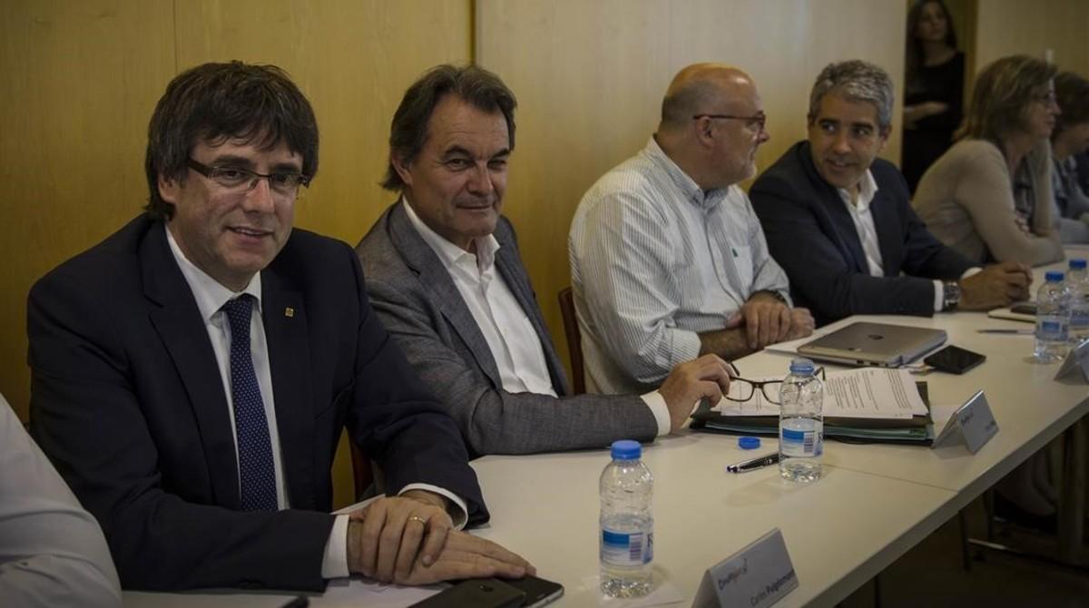 Roda Convergència i torna a Mas