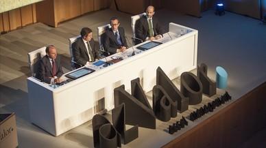 Los directivos de azValor durante la presnetación a los inversores.