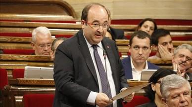 Iceta pide a Puigdemont que saque a Catalunya del precipicio