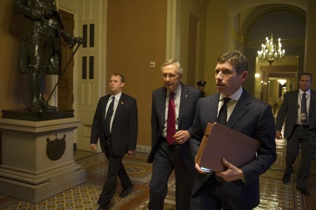"""Las negociaciones para evitar el abismo fiscal en EEUU, en """"punto muerto"""""""