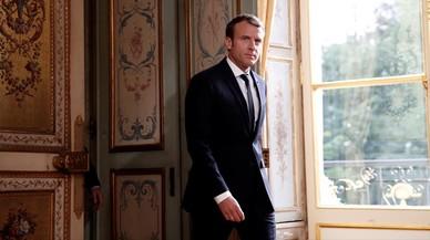Macron viste ahora trajes hechos en Francia