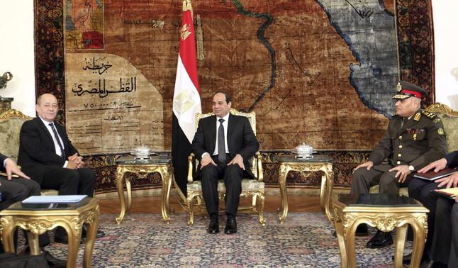El presidente egipcio pide a la ONU un mandato para intervenir en Libia