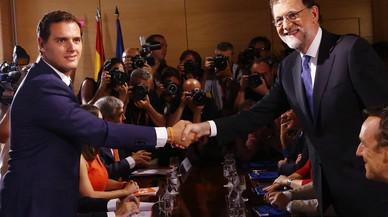 Rajoy i Rivera es reuneixen durant tres hores a la Moncloa