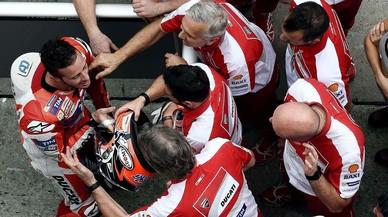 Dovizioso sorprèn els seus rivals a Sepang