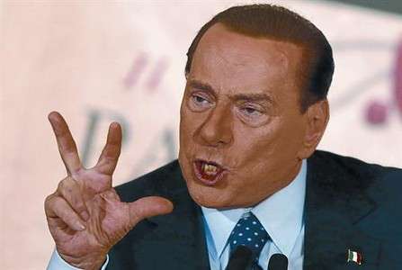 Berlusconi desconcierta