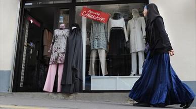 El presidente de Austria plantea que todas las mujeres lleven el velo en protesta contra la islamofobia
