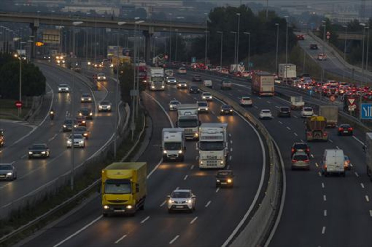 El Congreso insta al Gobierno a no hacer más autopistas de peaje en Catalunya