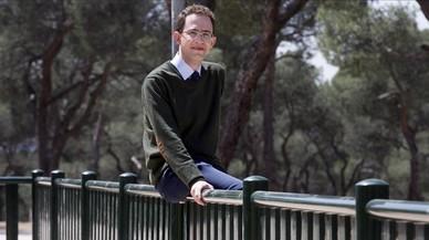 Carlos Blanco es, actualmente,un escritor y profesor de 31 años.