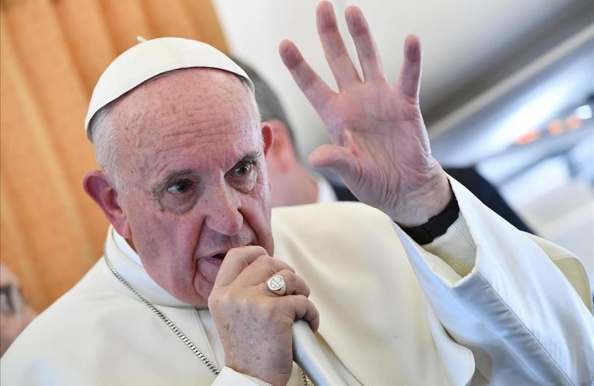 El Papa, durante la rueda de prensa que ha concedido a su regreso de Suecia.
