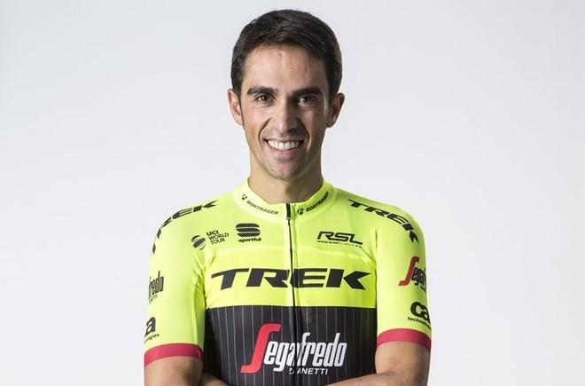 Alberto Contador, con su nuevo uniforme.
