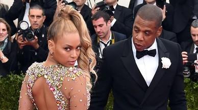 Beyoncé presenta a sus mellizos Carter y Rumi en Instagram
