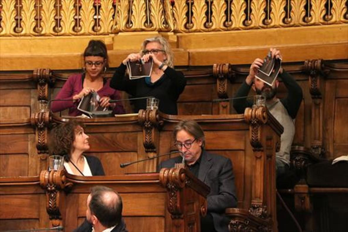 """La Fiscalía redobla la presión a los Mossos para frenar la """"sedición"""""""