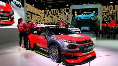 Els fabricants de cotxes centren les inversions en la nova mobilitat