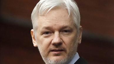Assange alerta de que la CIA no controla sus ciberarmas y pueden caer en manos de 'hackers'