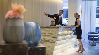 El auge de los hoteles de lujo relanza la figura del conserje