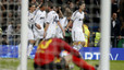 Varane salva al Madrid ante un Barça caritativo (1-1)