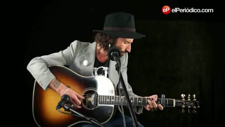 Leiva canta 'Eme'