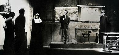 Una imagen de 'No hablar� en clase', con Pepe Rubianes a la derecha. Se estren� en L'Alian�a del Poblenou en 1977 y alcanz� las 300 representaciones