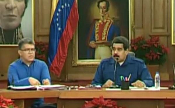 El presidente de Venezuelaresponsabiliza a Aznar de más de un millón de muertes por la invasión de Irak.