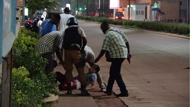 18 persones han mort en un atemptat a Burkina Faso