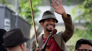mbenach39705638 file photo venezuelan violinist wuilly arteaga c waves d170816104817