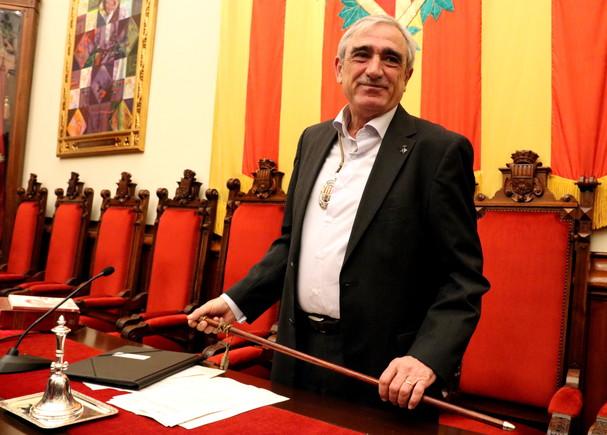 Alfredo Vega toma posesión como nuevo alcalde de Terrassa.