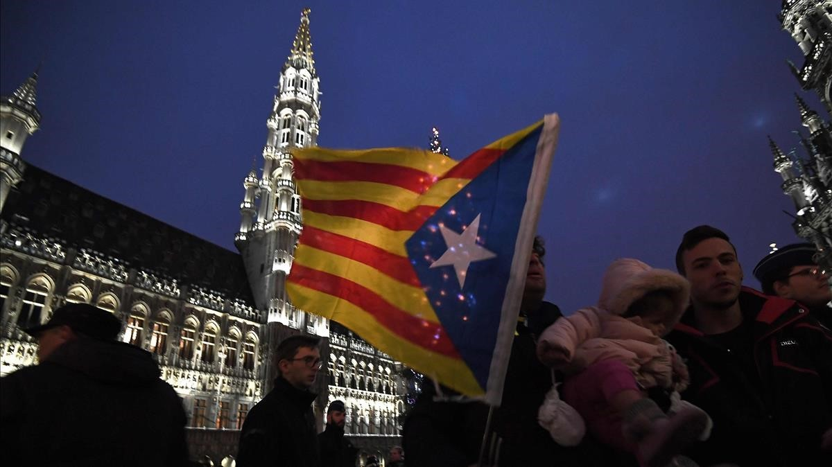 zentauroepp41215243 supporters for the independence of spain s catalonia region 171207084348