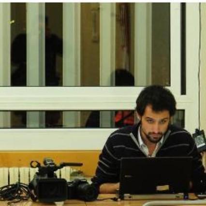 El periodista Bertran Cazorla sale en libertad tras ser detenido por los Mossos