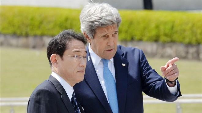 Kerry homenatja les víctimes de la bomba atòmica a Hiroshima