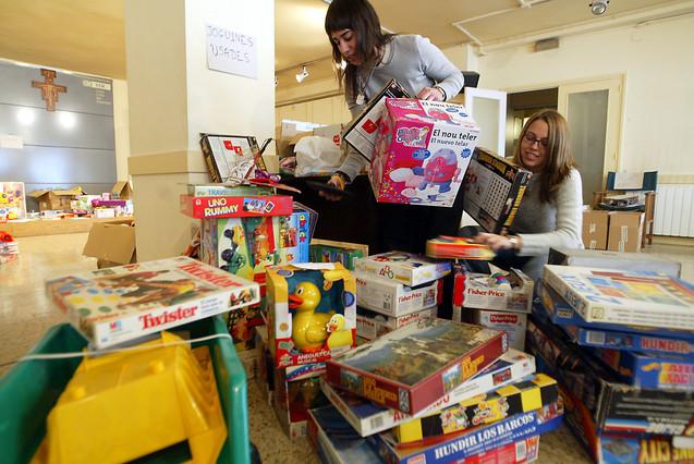 La Cruz Roja necesita 15.000 juguetes m�s para la campa�a de Reyes