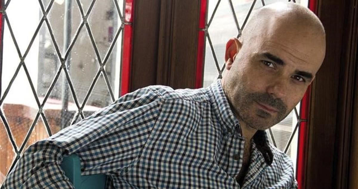 El autor de 'El secreto de sus ojos', premio Alfaguara de novela