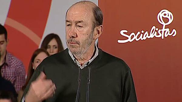"""Rubalcaba: """"Li hem de dir a Mas que el seu projecte de dret d'autodeterminaci� �s una triple fractura""""."""