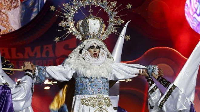 El obispo de Canarias, más triste por la virgen 'drag' ganadora del Carnaval que por el accidente de Spanair