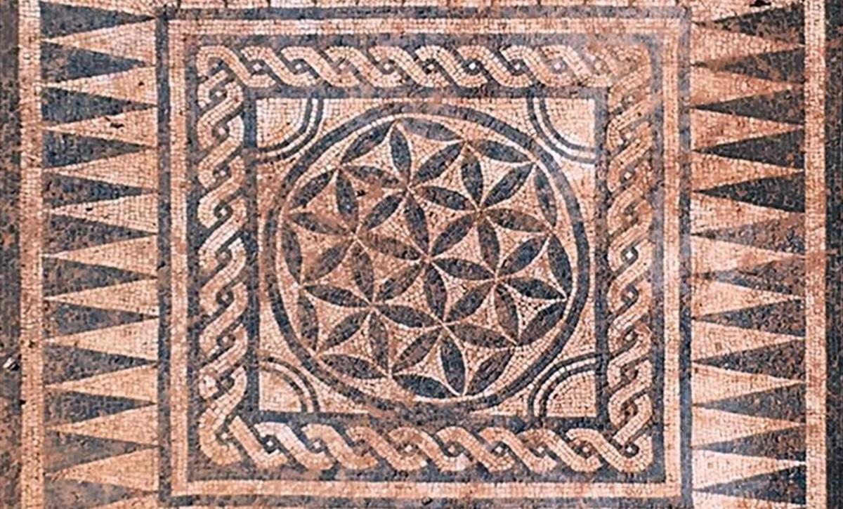 El nuevo mosaico romano de badalona es obra de un maestro for El mural de mosaicos