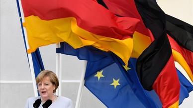 Merkel dóna pressa al Regne Unit perquè iniciï el procés del 'brexit'